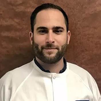 Dr.-Ryan-Rengifo_resized